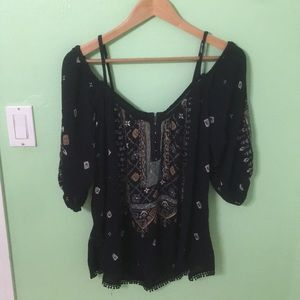 Off the Shoulder UO Blouse